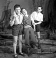 A Titkos örs az Ifjúsági Színház Kamaraszínházának színpadán