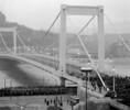 Az Erzsébet híd átadása