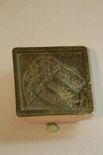 Anjou címeres kályhacsempe