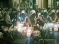 A Boráros téri tüntetést feloszlató motoros rendőrök 1988. november 15-én a Fekete doboz felvételén