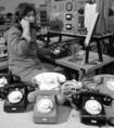 Új tipusú telefonkészülékek Abonyból