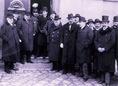 Írók csoportja Szegeden, köztük Mikszáth Kálmán, Tömörkény István, Pósa Lajos és Móra Ferenc, 1910 körül