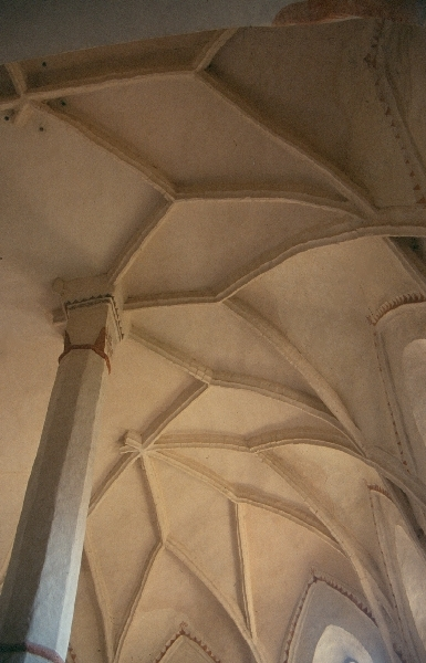 A nagyharsányi plébániatemplom - a templomhajó nyugati karzatának hálóboltozata