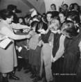 Ajándék Csehszlovákiából a gyerekeknek