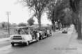 Mikrobusszal a Balaton partján
