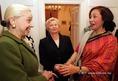 Koktélparti a nagykövetek feleségeinek
