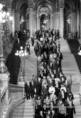 Az Országgyűlés feloszlatása után a képviselők a Kossuth térre vonulnak