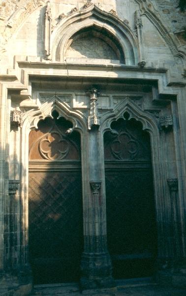 A kolozsvári Szent Mihály plébániatemplom déli kapuzata