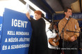 Az egészségügyi dolgozók tüntetésén Éger István és Cser Ágnes