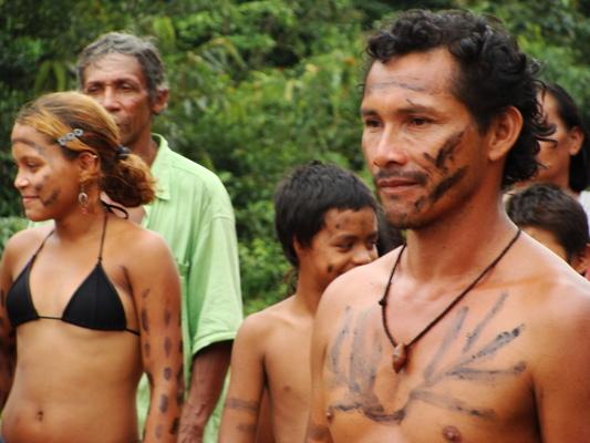 Amazonasi indián őslakosok
