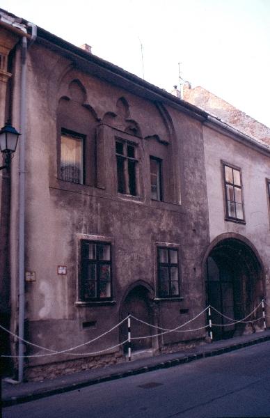 Soproni polgárház homlokzata