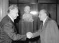 A KGST XXIX. ülésszakán Alekszej Nyikolajevics Koszigin és Kádár János köszöntik egymást