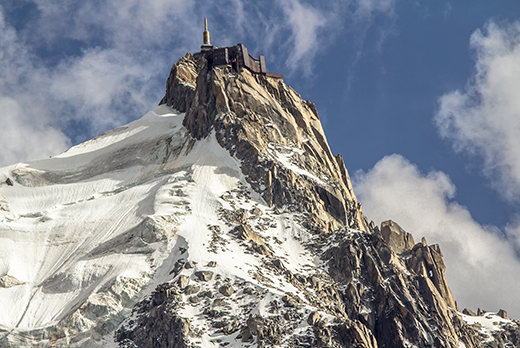 View-of-the-rock-of-Aiguille-du-Midi-mont-Blanc-horizontal