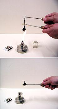 Hőtágulási kísérlet fémgolyóval és gyűrűvel