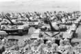 Katonai egységek felsorakoznak a Duna '84 hadgyakorlat záróünnepségén