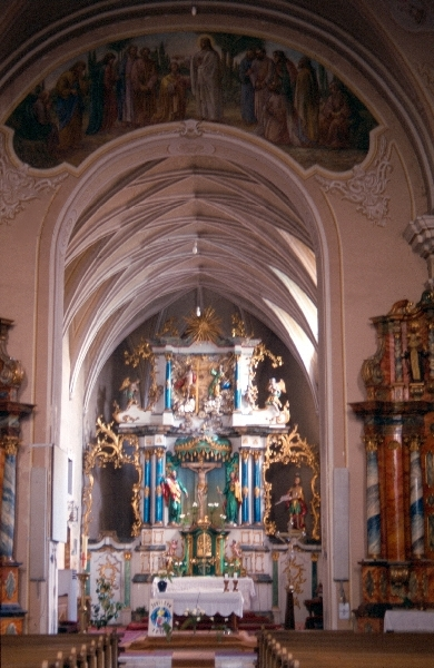 A medgyesi ferences kolostor szentélye
