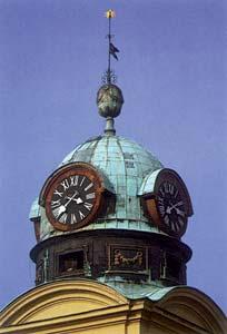 Patinás templomtorony