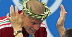 15 éves fiú úszott az ezüstért!