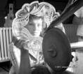Mestervizsgára készülnek az üvegcsiszolók