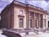 Versailles, Kis Trianon-kastély, homlokzat. Ange-Jacques Gabriel, 1762-68