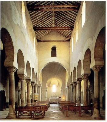 A Szent Ciprián templom belső tere