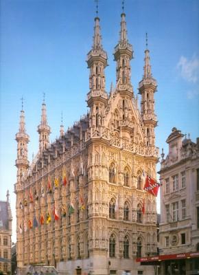 Leuven: városháza, homlokzat, 1448-63
