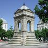 Jean Goujon és Pierre Lescot: Fontaine des Innocents
