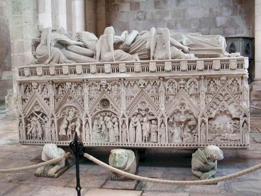 I. Péter és Ines de Castro síremléke, Alcobaça