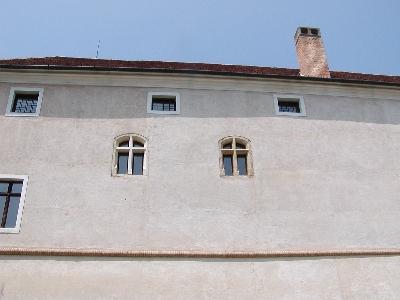 Az ozorai várkastély homlokzata