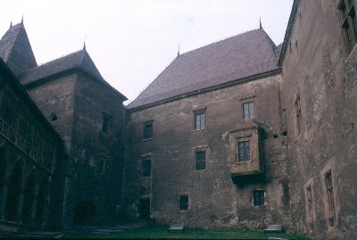 A vajdahunyadi vár északi palotaszárnya