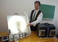 Az Energitech Egyesület kutatói bemutatták, hogy a semleges áram a kiégett fénycsöveket is képes üzemeltetni