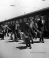 Magyar emigránsok egy csoportja visszatért Magyarországra