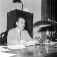 Nagy Imre miniszterelnök beszédet mond a Kossuth Rádióban