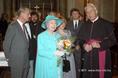 Fülöp herceg, II. Erzsébet és Fejes László apát-plébános Kecskeméten