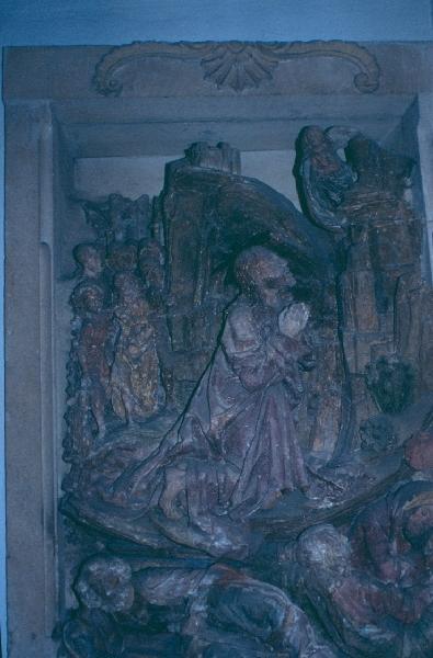 A kismartoni plébániatemplom - Olajfák hegye relief