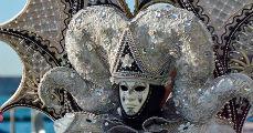 A velencei maszkok titka