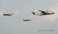 Légifelvonulás a Duna felett az AN-26-os szállítórepülőgéppel és két L39-es repülőgéppel