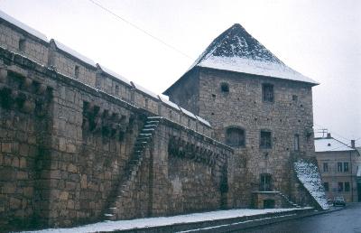 A kolozsvári városfal szakasza a 17. századi Bethlen bástyával