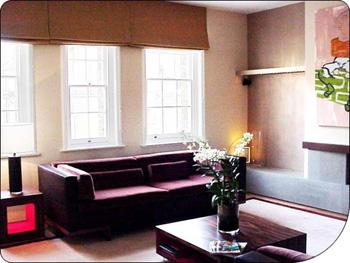 Tágas nappali szoba