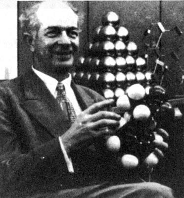 Linus Pauling (1901-1996)