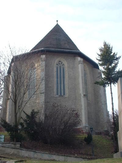 Az avasi Szent István plébániatemplom keletről