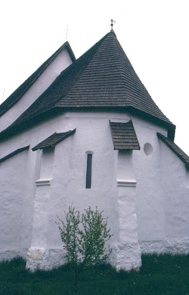 A zubogyi plébániatemplom szentélye
