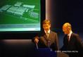 Gyurcsány Ferenc felavatta a Nokia új üzemét
