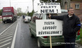 Demonstráció Győr határában a sűrű kamionforgalom miatt