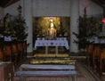 A vagyonos romák Fallóskúton templomot építtetnek