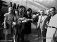 A szovjet művész- és sportküldöttség érkezése