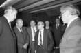 Marjai József (középen) és Alexander Kacsanov a Paksi Atomerőmű második reaktorblokkjának avatásán