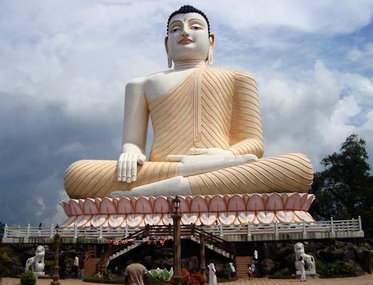 Ülő Buddha szobra, Srí Lanka