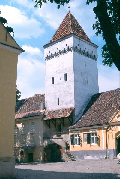 A medgyesi templomvár kaputornya