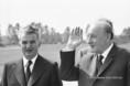 Nicolae Ceausescu és Kádár János a debreceni repülőtéren